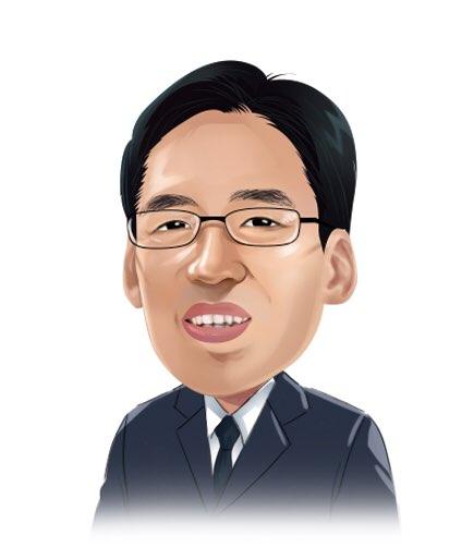 社員 李在訓(イ・ジェフン) image